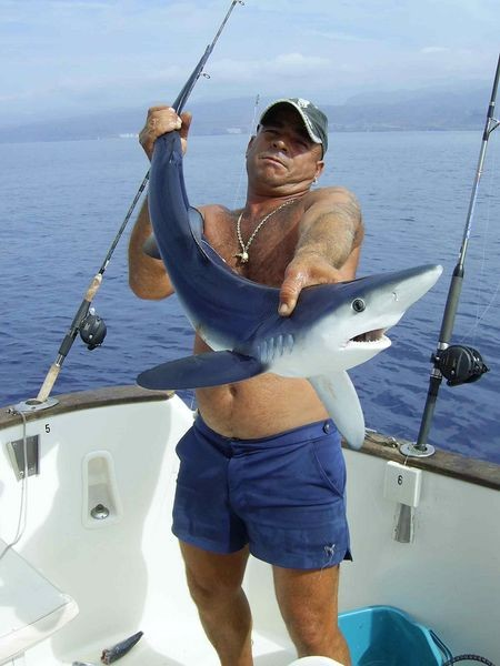 07/10 blue shark Cavalier & Blue Marlin Sport Fishing Gran Canaria