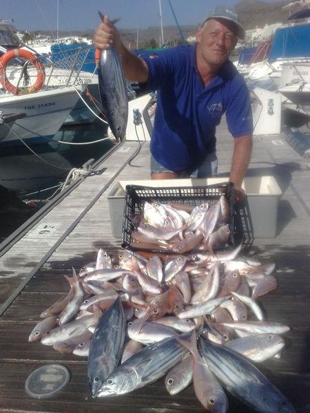 31/03 Well Done Cavalier & Blue Marlin Sport Fishing Gran Canaria