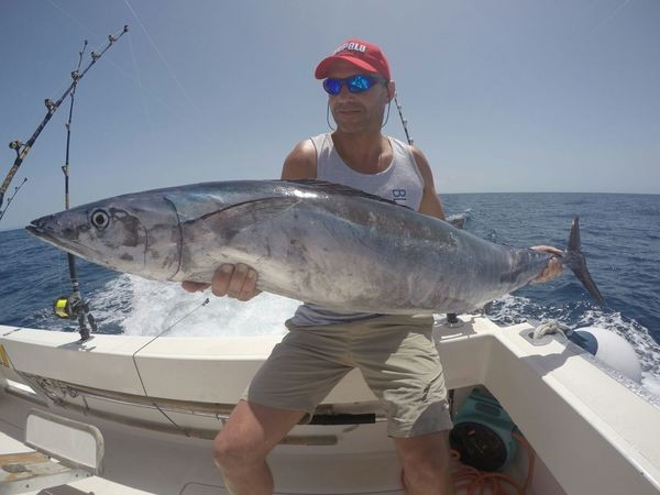 20 kg Wahoo von Roland van Steccelen aus Holland gefangen Cavalier & Blue Marlin Sportfischen Gran Canaria