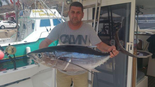 Atún blanco - Juan Antonio de Torrevieja, España Pesca Deportiva Cavalier & Blue Marlin Gran Canaria