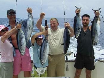 pescadores felices Pesca Deportiva Cavalier & Blue Marlin Gran Canaria