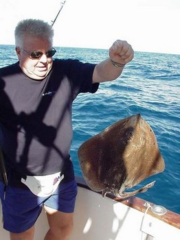 26/01 madeira ray Cavalier & Blue Marlin Sport Fishing Gran Canaria