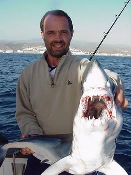 10/02 blue shark Cavalier & Blue Marlin Sport Fishing Gran Canaria