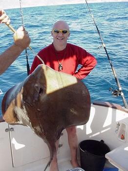 14/02 common stingray Cavalier & Blue Marlin Sport Fishing Gran Canaria