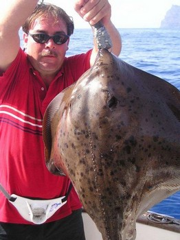 28/09 roughtail stingray Cavalier & Blue Marlin Sport Fishing Gran Canaria