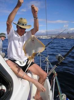 28/03 common stingray Cavalier & Blue Marlin Sport Fishing Gran Canaria