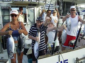 10/07 atún listado Pesca Deportiva Cavalier & Blue Marlin Gran Canaria