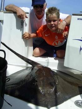 14/08 common stingray Cavalier & Blue Marlin Sport Fishing Gran Canaria