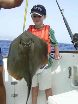 01/09 mantarraya común Pesca Deportiva Cavalier & Blue Marlin Gran Canaria