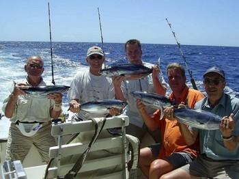 13/09 pescadores felices Pesca Deportiva Cavalier & Blue Marlin Gran Canaria