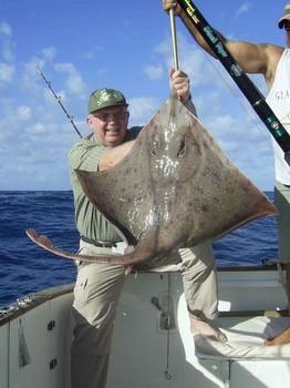 25/01 thornback ray Cavalier & Blue Marlin Sport Fishing Gran Canaria