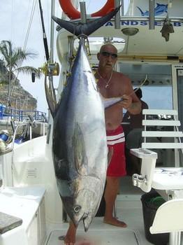 16/07 yellow fin tuna Cavalier & Blue Marlin Sport Fishing Gran Canaria