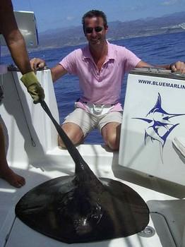 28/09 round stingray Cavalier & Blue Marlin Sport Fishing Gran Canaria