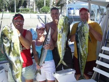 18/10 dorado Cavalier & Blue Marlin Sport Fishing Gran Canaria
