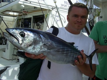 12/02 north atlantic bonito Cavalier & Blue Marlin Sport Fishing Gran Canaria