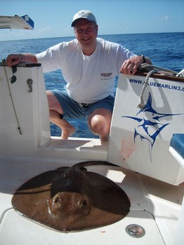 09/04 roughtail stingray Cavalier & Blue Marlin Sport Fishing Gran Canaria