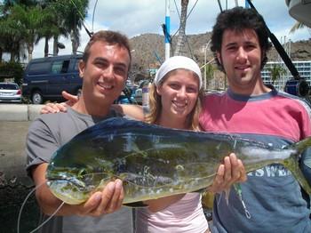 21/05 dorado Cavalier & Blue Marlin Sport Fishing Gran Canaria