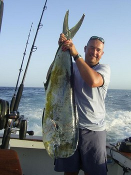 25/07 dorado Pesca Deportiva Cavalier & Blue Marlin Gran Canaria