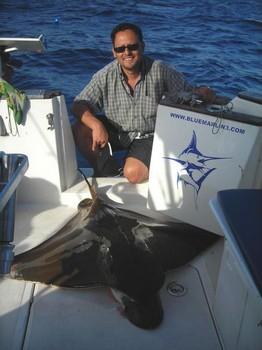 21/08 duckbill ray Cavalier & Blue Marlin Sport Fishing Gran Canaria
