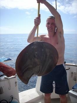 12/02 round stingray Cavalier & Blue Marlin Sport Fishing Gran Canaria