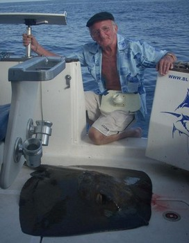 17/09 Common Stingray Cavalier & Blue Marlin Sport Fishing Gran Canaria