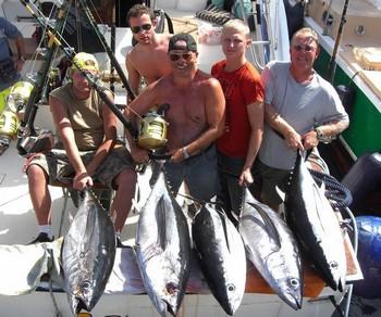 11/10 albacore tunas Cavalier & Blue Marlin Sport Fishing Gran Canaria