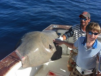 23/10 roughtail stingray Cavalier & Blue Marlin Sport Fishing Gran Canaria