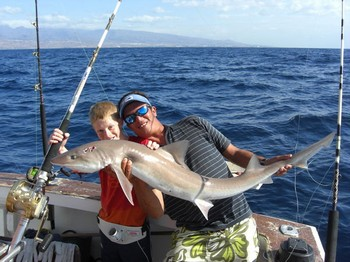 27/10 tope shark Cavalier & Blue Marlin Sport Fishing Gran Canaria