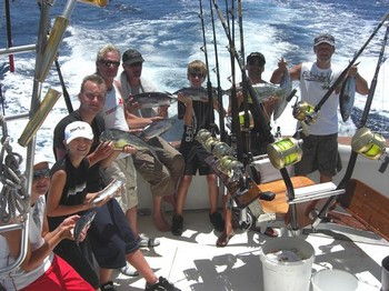 04/08 happy fishermen Cavalier & Blue Marlin Sport Fishing Gran Canaria