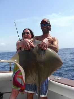 09/09 common stingray Cavalier & Blue Marlin Sport Fishing Gran Canaria
