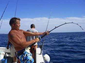 03/01 Hooked Up Cavalier & Blue Marlin Sport Fishing Gran Canaria