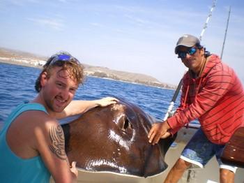 02/04 Roughtail Stingray Cavalier & Blue Marlin Sport Fishing Gran Canaria