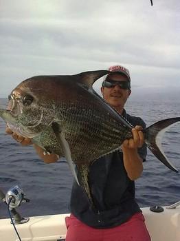 10/04 Big Scale Pomfret - Big Scale Pomfretof 17300 grams / 38.1 lb Cavalier & Blue Marlin Sport Fishing Gran Canaria