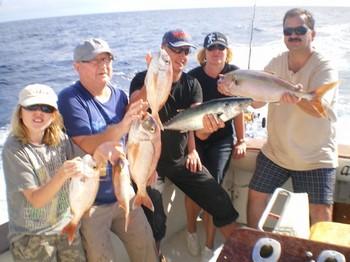 12/01 Buenas capturas Pesca Deportiva Cavalier & Blue Marlin Gran Canaria