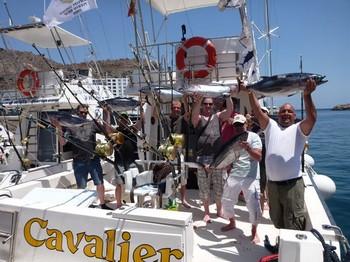 31/05 Satisfied fishermen - Happy fishermen onboard of the boat Cavalier Cavalier & Blue Marlin Sport Fishing Gran Canaria