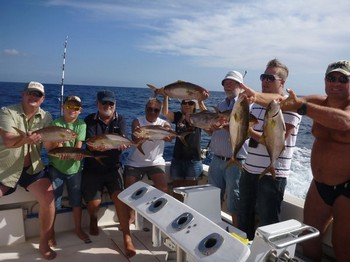 Congratulations - Satisfied fishermen on the boat Cavalier Cavalier & Blue Marlin Sport Fishing Gran Canaria