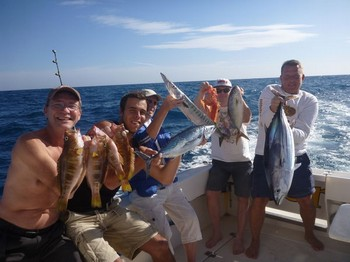 Satisfied Fishermen - Thanks for fishing on the boat Cavalier Cavalier & Blue Marlin Sport Fishing Gran Canaria