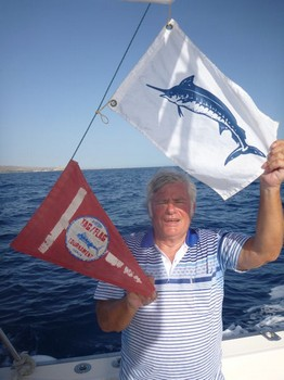 Congratulations - John Ferry from England caught a 900 lbs Blue Marlin on the boat Cavalier Cavalier & Blue Marlin Sport Fishing Gran Canaria