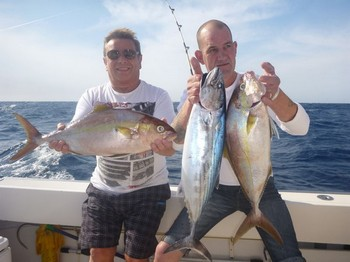 Beautiful Catch - Steve Flanagan y Bryan Edwards en el barco Cavalier Pesca Deportiva Cavalier & Blue Marlin Gran Canaria