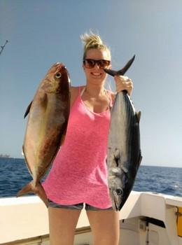 Bien hecho - Hilde Remju en el barco Cavalier Pesca Deportiva Cavalier & Blue Marlin Gran Canaria