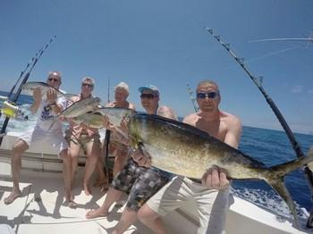 Happy Anglers - Satisfied fishermen aboard the boat Cavalier Cavalier & Blue Marlin Sport Fishing Gran Canaria