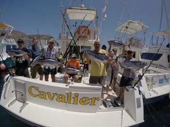 Congratulations - Satisfied anglers on board of the Cavalier Cavalier & Blue Marlin Sport Fishing Gran Canaria
