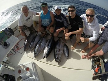 Albacore Tuna - Nice catch for these Anglers Cavalier & Blue Marlin Sport Fishing Gran Canaria