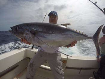 Albacore - Mark Adams freon the United Kingdom Cavalier & Blue Marlin Sport Fishing Gran Canaria