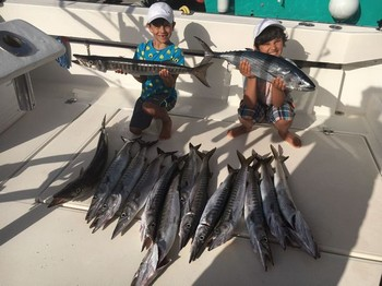 Congratulations, well done ! Cavalier & Blue Marlin Sport Fishing Gran Canaria