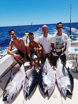 Tonijnen explosie Cavalier & Blue Marlin Sport Fishing Gran Canaria